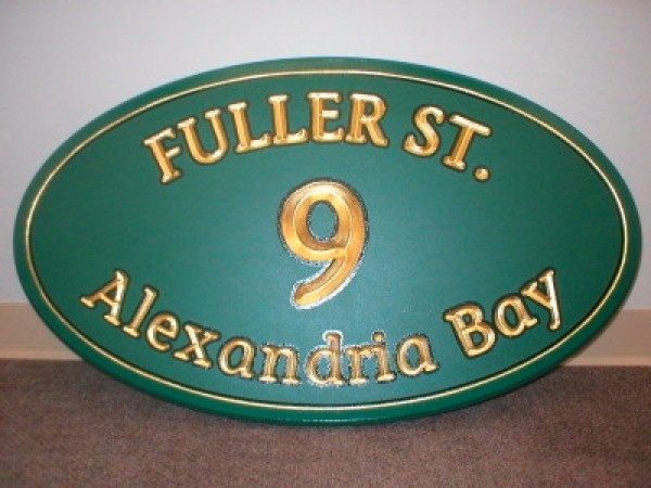 gold leaf carved signs, custom signage :: 23 k signs, gold, painted, carved signs :: Alexandria Bay, NY
