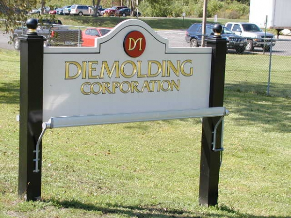 Diemolding Corporation :: sign installation, painted signs, custom carved signs, gold leaf signs :: Syracuse, NY