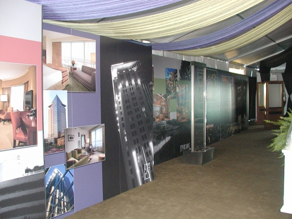 Trade Show Displays :: Casino displays, spa displays, performer displays :: Verona, NY