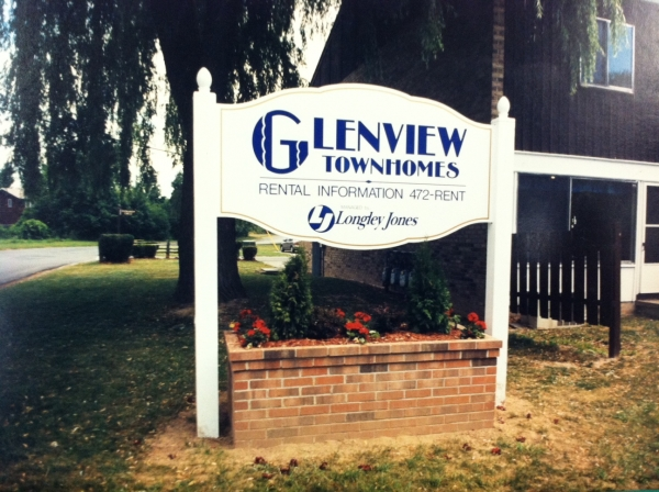 Glenview Townhomes ::  :: Liverpool, NY