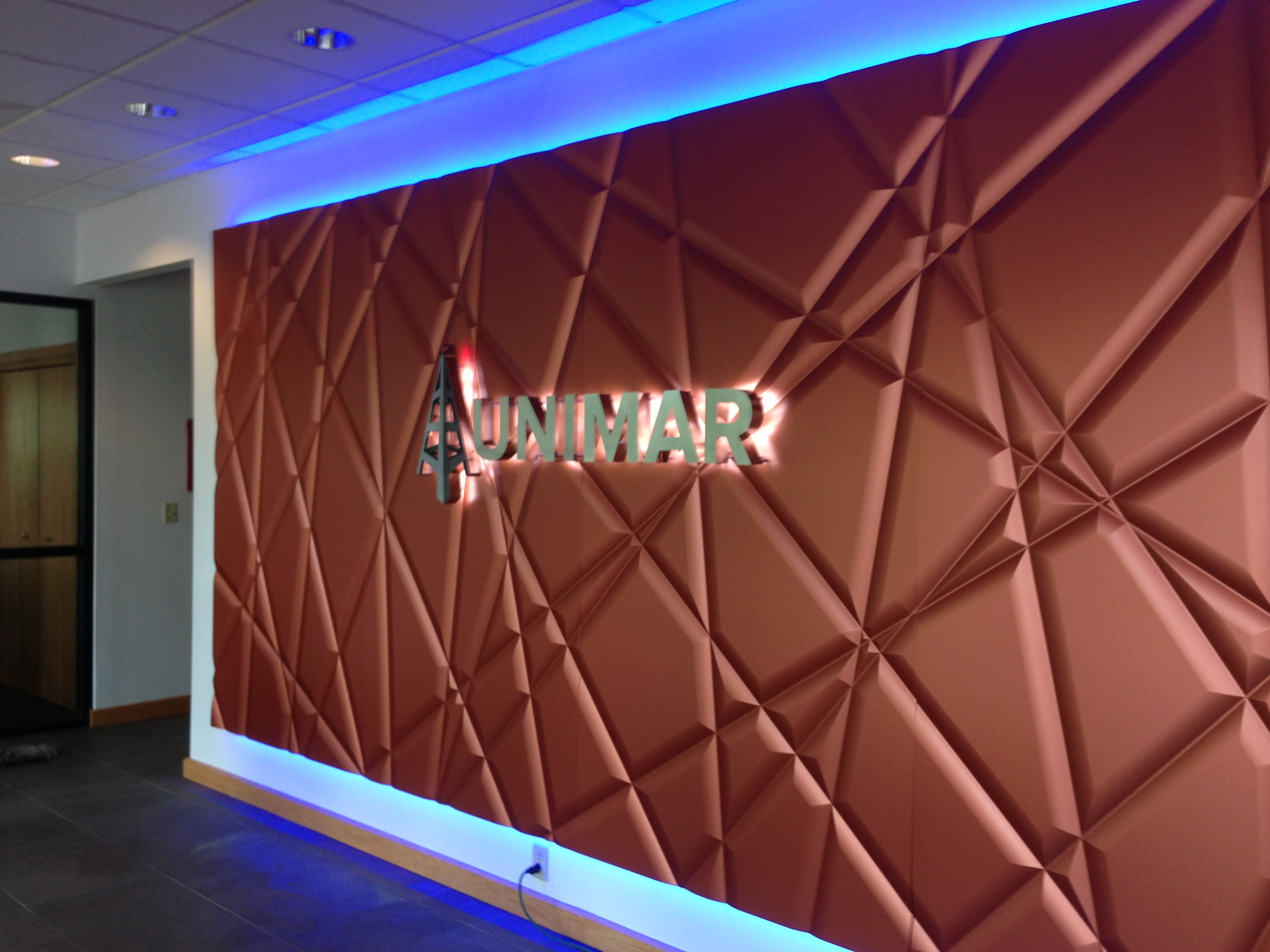 LED Illuminated, Syracuse NY Back lit sign, Syracuse NY, Custom signs, Syracuse NY :: Unimar - LED Illuminated back lit custom sign :: Syracuse NY, Central NY, Upstate NY
